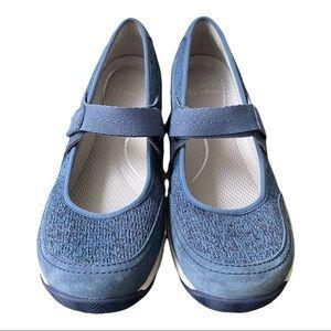 Dansko New Women's Mary Jane Hennie Blue  size 38